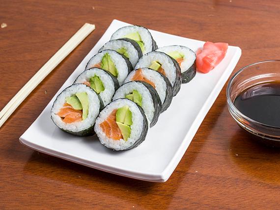 Rolls sake hosomaki