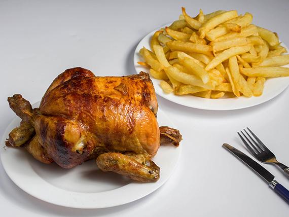 Combo - Pollo entero + papas (porción familiar) + bebida 1.5 L