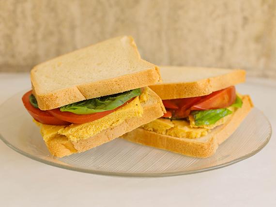 Sandwich caliente capresse doble