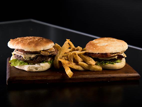 Promoción - 2 hamburguesas completas con papas