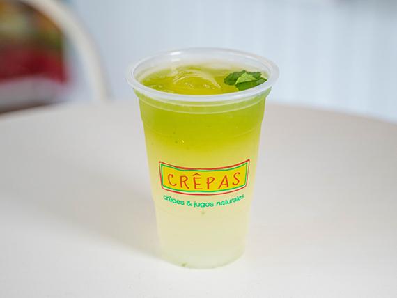 Limonada con pepino y menta