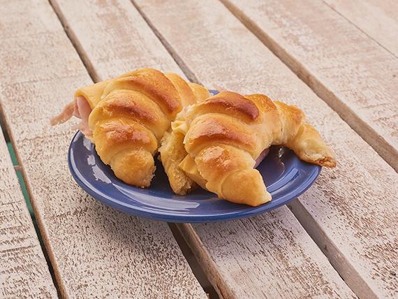 Desayuno o merienda - Medialuna con jamón y queso (unidad)