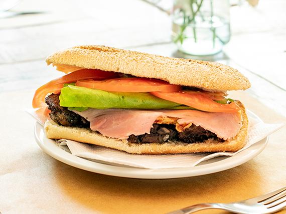 Full roast sándwich