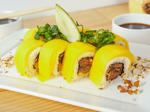 78 - Mango vegan roll (8 piezas)