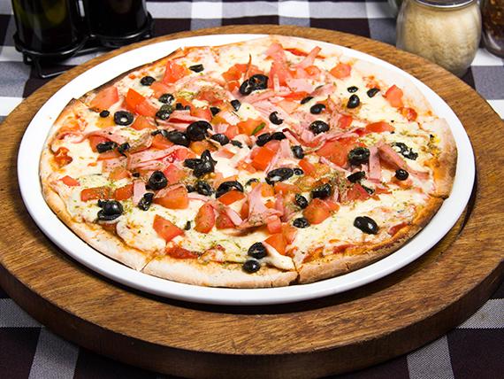 Pizza napoletana (8 porciones)