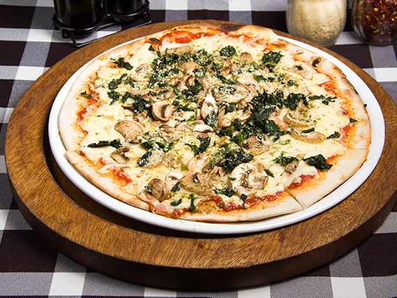 Pizza cecilia (8 porciones)