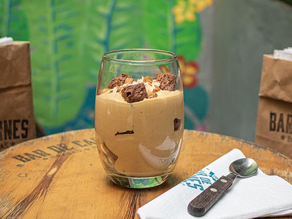 Mousse de dulce de leche y brownie