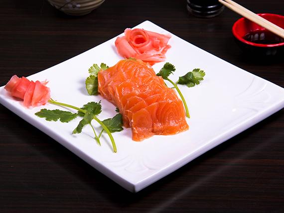 Sashimi sake (9 cortes)