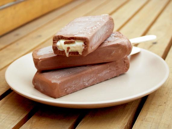 Paleta premium de chocolate con trufas blancas