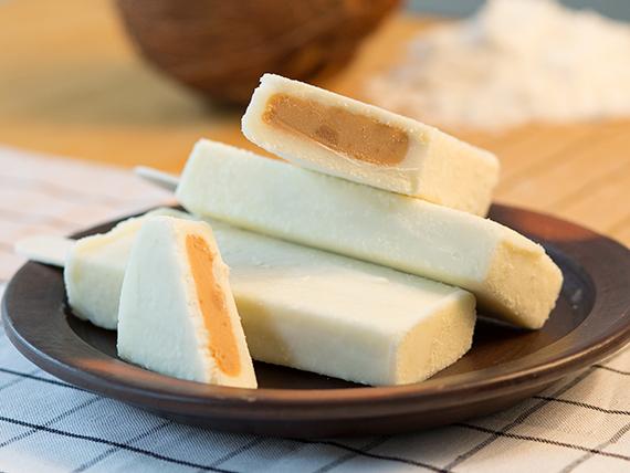 Paleta premium de coco con manjar