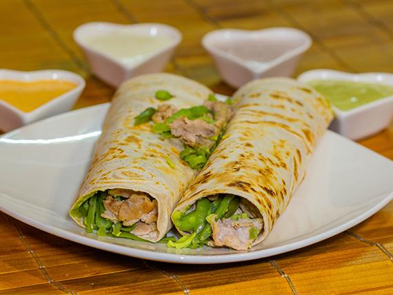 Burrito + 2 ingredientes + salsa (2 unidades)