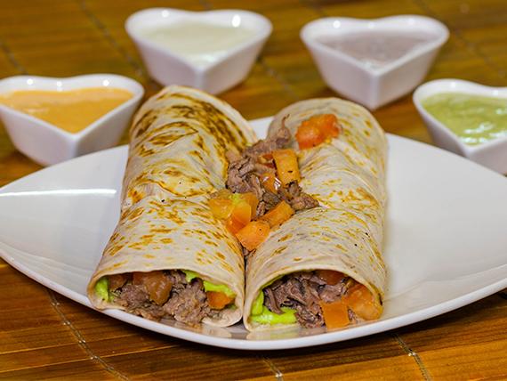 Burrito + 3 ingredientes + salsa (2 unidades)