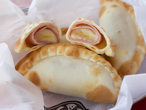 JQ - Empanada de jamón y queso