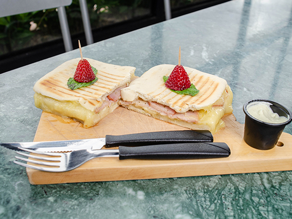Sándwich gourmet