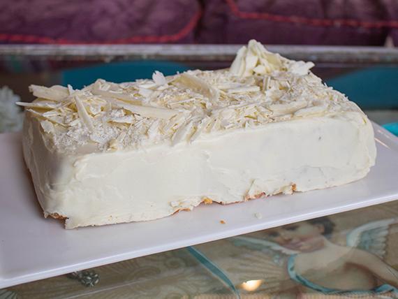 Torta Coco Chanel (8 porciones)