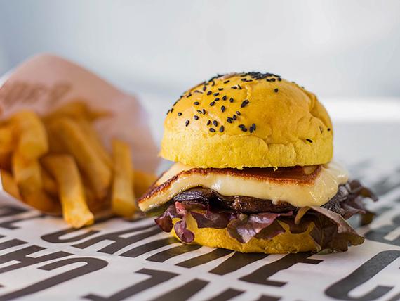 Combo - Hamburguesa vegetariana + Papas fritas + Bebida