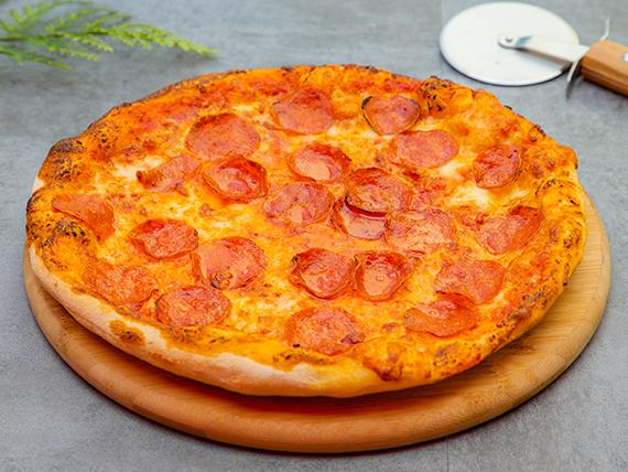 Pizza con peperoni