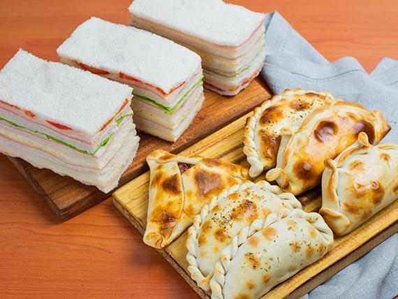 Promoción - 6 Empanadas a elección + Sándwiches surtidos (12 unidades)