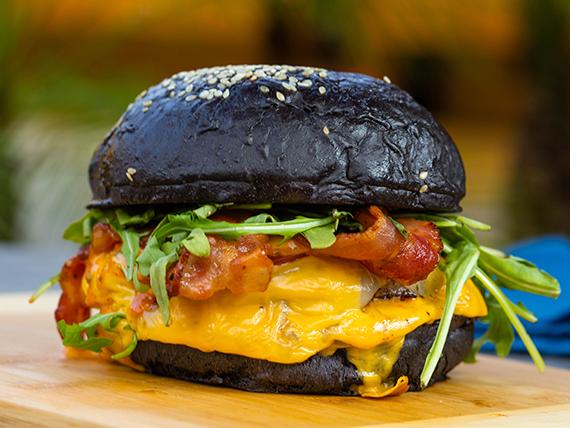 Burger italian black
