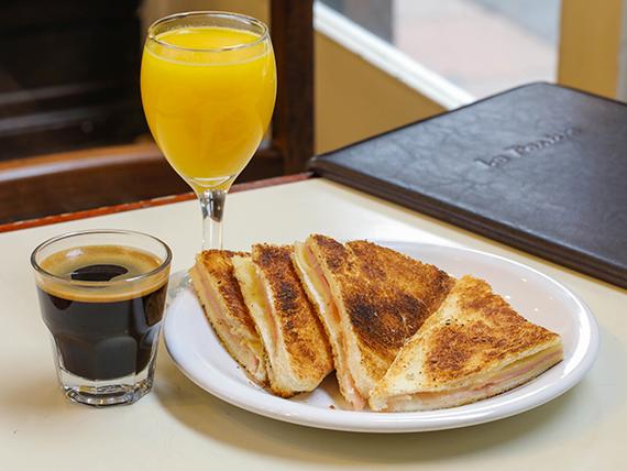 Desayuno 3 - sándwich caliente + jugo de naranjas + café o cortado