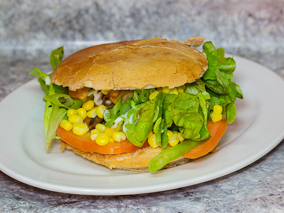 Sándwich Baurú vegetariano