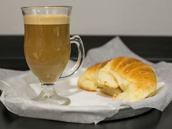 Promoción - Café con leche 150 ml + 2 Medialunas