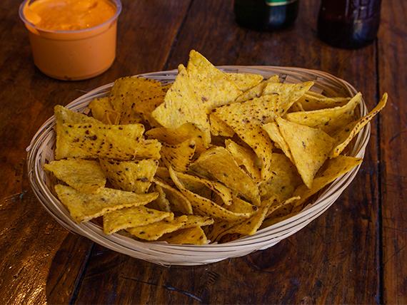 Promo - 1 paquete de nachos Macritas + Pote de cheddar