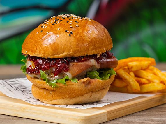 Hamburguesa la Zoom con papas fritas