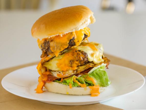 Doble big mama burger