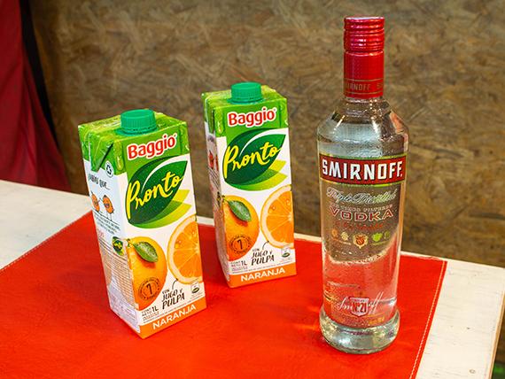 Promo - Vodka Smirnoff 750 ml + 2 baggio de naranja