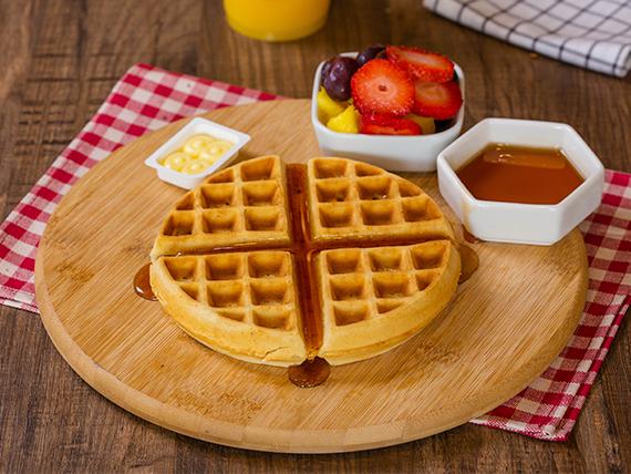 Infusión 8 oz + Waffle belga con frutas + Jugo de naranja
