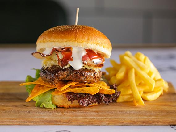 Winstonburger con guarnición