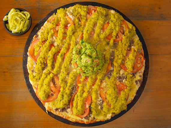 12. Pizza con carne jalapeña
