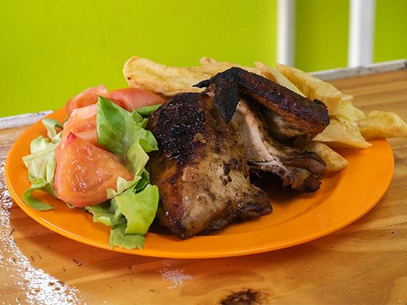 4 - ¼  Pollo a la brasas