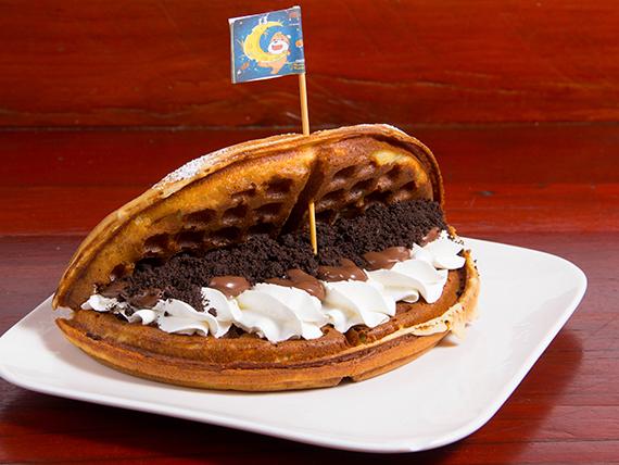 Waffle de Oreo con chocolate