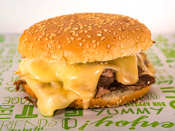 Promo - Sándwich barros luco +papas fritas + bebida en lata de 350 ml