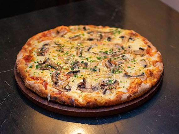 Pizza con champignon