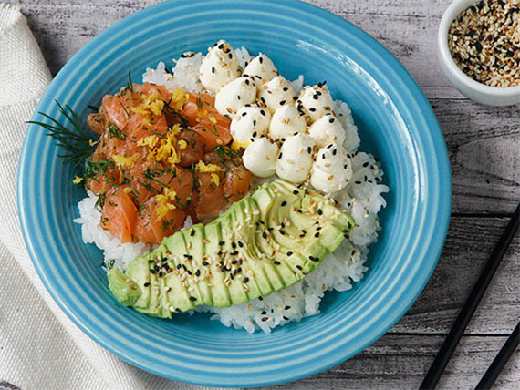 Poke sushi salad salmon fresh