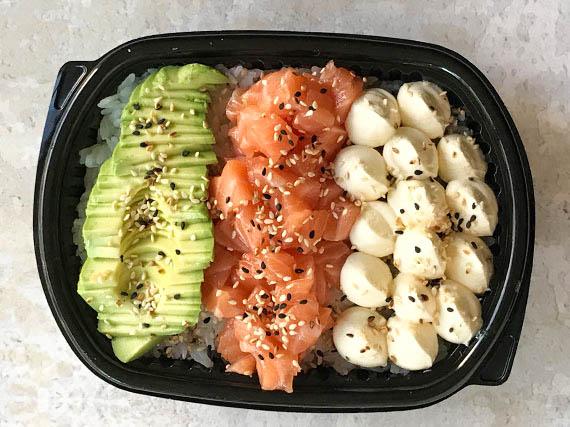 Poke sushi salad salmon
