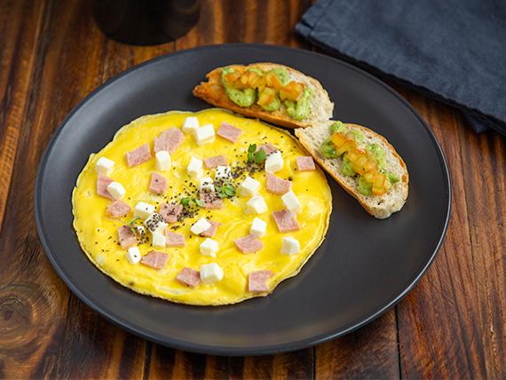 Omelett de jamón y queso