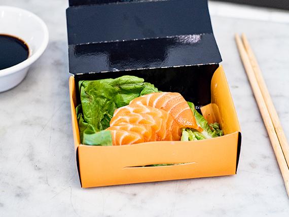 Sashimi de salmón (10 unidades)