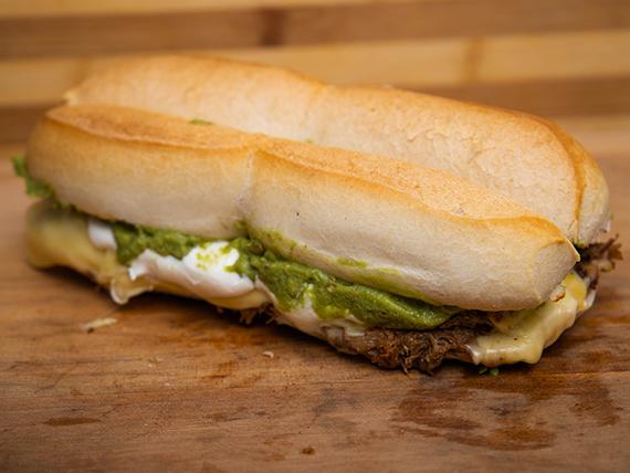 Sándwich mega  brasileño