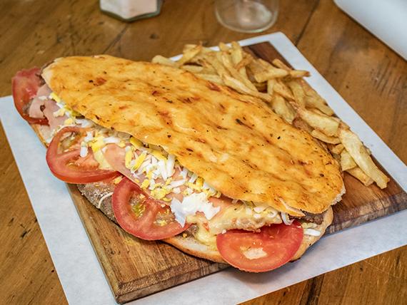 Milapizza El Rincón completa con papas fritas
