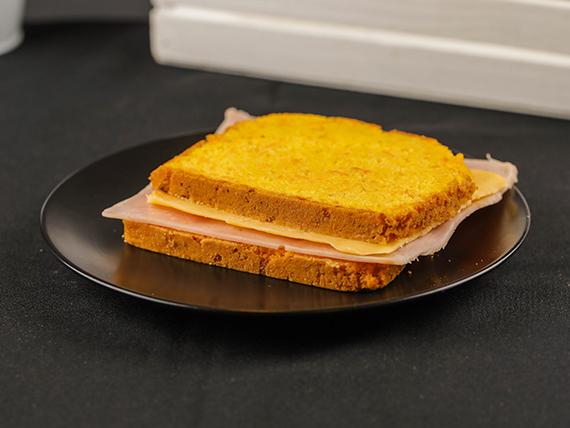 Sándwich pan de zanahoria relleno a elección