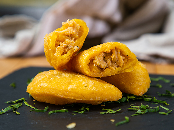 Empanaditas de pollo (10 unidades)
