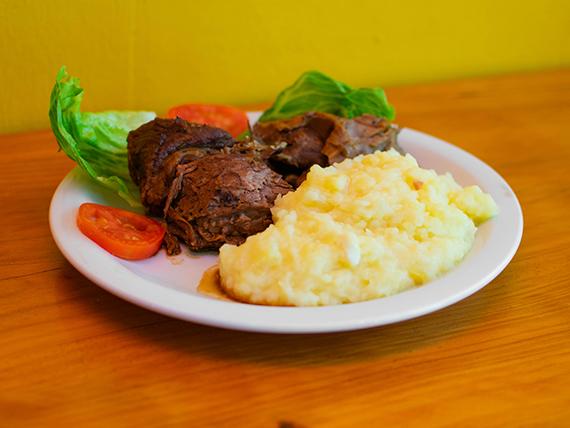 Menú - Carne asada con guarnición