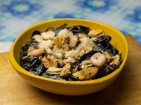 Fetuccini negro