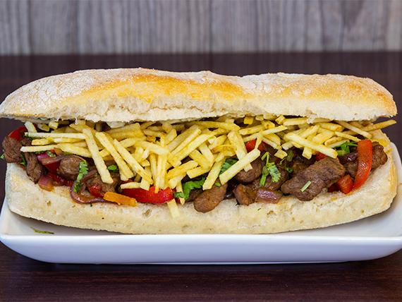 Sandwich de lomo saltado (premium)