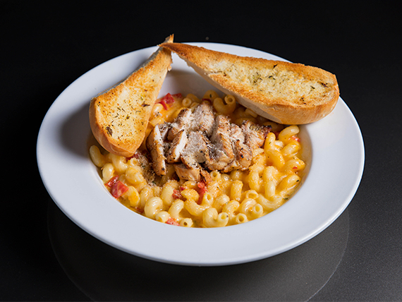 Twisted mac, chicken & cheese