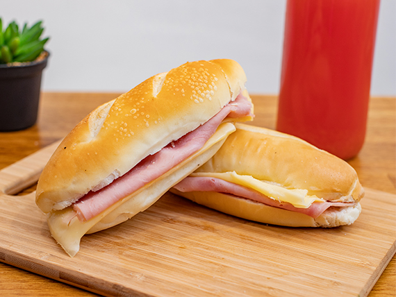Sándwich panini (2 unidades)